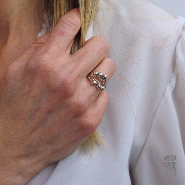 anillo-plata-con-bolas